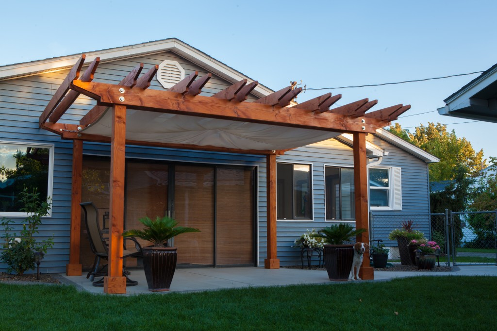 Custom Pergola With Built In Sail Cloth Shade 8000